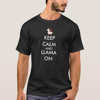 Gardez le calme et le lama sur le T-shirt