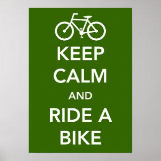 Gardez le calme et montez une affiche de vélo