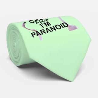 Gardez le calme parce que je suis la cravate