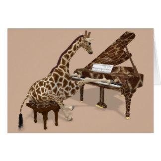 Girafe douce jouant le piano carte