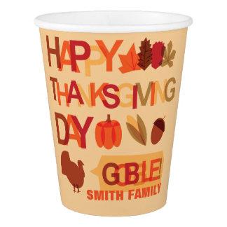 Gobelets En Papier Célébration de famille de bon thanksgiving