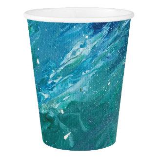 Gobelets En Papier Peinture de l'eau sur la tasse de papier
