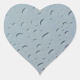 Gouttelettes d'eau sticker cœur