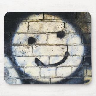 Graffiti souriant Expressions.jpg aléatoire de vis Tapis De Souris