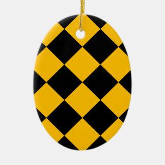 Grand Checkered de Diag - noir et ambre Ornement Ovale En Céramique