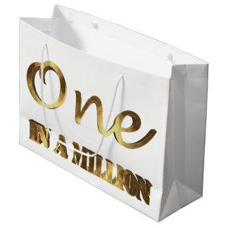 Grand Sac Cadeau Un dans million de typographie élégante de Brown