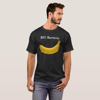 Grand T-shirt de noir de banane