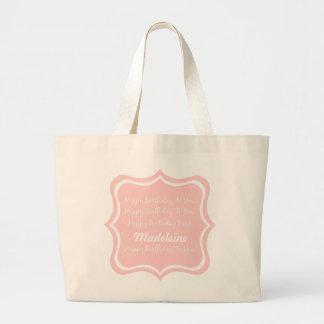 Grand Tote Bag Chanson de joyeux anniversaire sur des roses pâles
