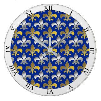 Grande Horloge Ronde Argent et or Fleurs-De-lis sur l'arrière - plan
