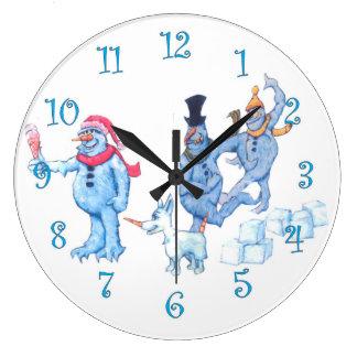 Grande Horloge Ronde Bonhommes de neige abominables et chien