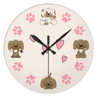 Grande Horloge Ronde Chiots mignons, empreintes de pattes roses et