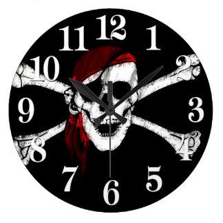 Grande Horloge Ronde Crâne et os croisés de pirate
