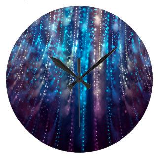 Grande Horloge Ronde Douche bleue et argentée de conception abstraite