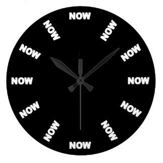 Grande Horloge Ronde Drôle synchronisez maintenant (le noir)