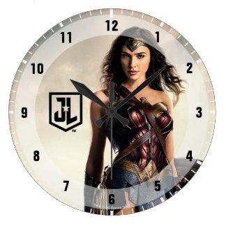 Grande Horloge Ronde Femme de merveille de la ligue de justice | sur le