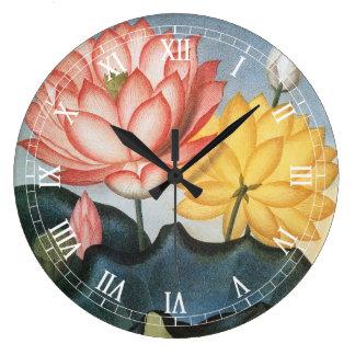 Grande Horloge Ronde Fleurs de Lotus vintages avec le feuille dans un