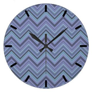 Grande Horloge Ronde rayures Bleu-grises de zigzag
