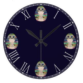 Grande Horloge Ronde Rétro coloré de bel oiseau rustique de hibou