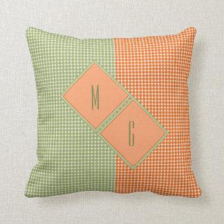 Guingan décoré d'un monogramme de pays dans vert oreiller