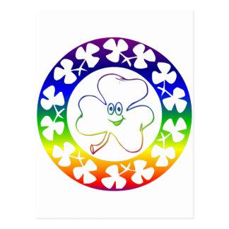 Guirlande irlandaise d'arc-en-ciel de shamrock carte postale