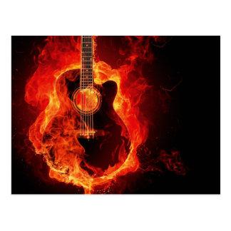 Guitare sur le feu carte postale