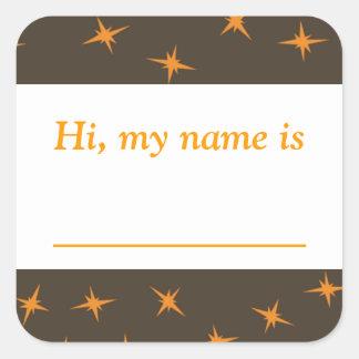 """""""Hallo, is mijn naam _"""" - Oranje Sterren op Bruin Vierkant Stickers"""