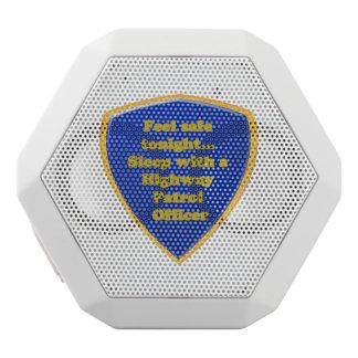 Haut-parleurs Blancs Sans-fils Officier de patrouille de route