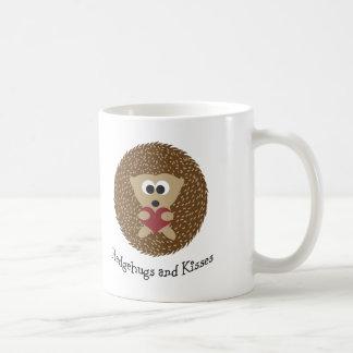 Hedgehugs et hérisson de baisers mug blanc
