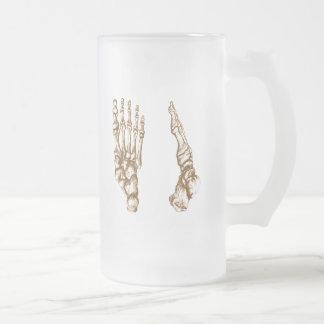 Het bot van de menselijke voet matglas bierpul