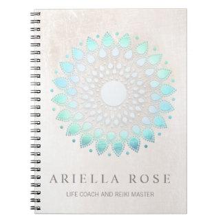 Het elegante Turkooise Blauwe Bloemen Witte Marmer Notitieboek