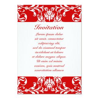 Het rode Patroon van het Damast + De Kleur van de 12,7x17,8 Uitnodiging Kaart