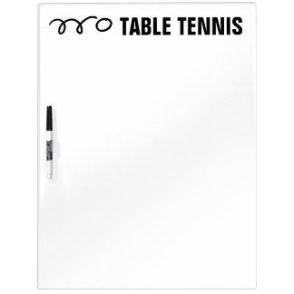 Het scorebord van het pingpong en whiteboards
