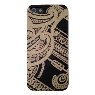 Het tattookunst van Maori op hout iPhone 5 Hoesje