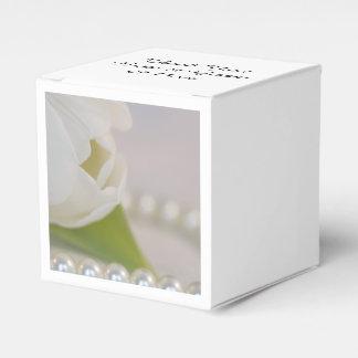 Het witte Huwelijk van de Tulp en van de Lente van Bedankdoosjes