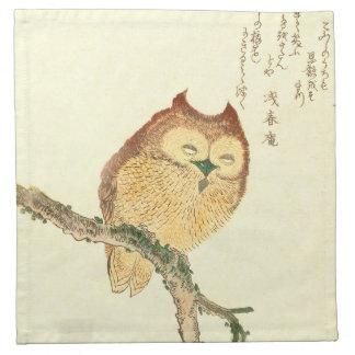 HIBOU JAPONAIS SUR des serviettes d'un tissu de