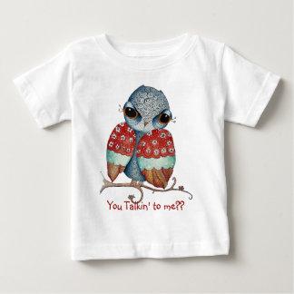 Hibou lunatique avec le T-shirt de nourrisson