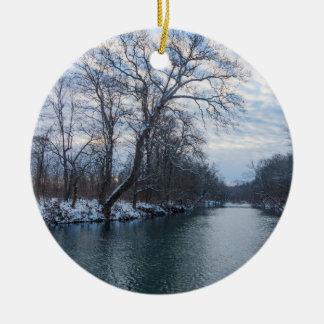 Hiver de James River Ornement Rond En Céramique