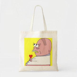 Homme drôle de bande dessinée avec des sacs de
