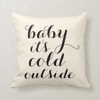 Hoofdkussen | Baby het is Koude gebroken witte Sierkussen