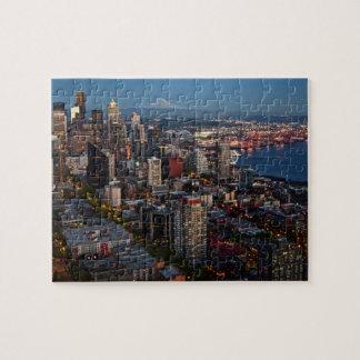 Horizon de Seattle au puzzle de crépuscule