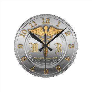 Horloge argentée de docteur clinique médicale de