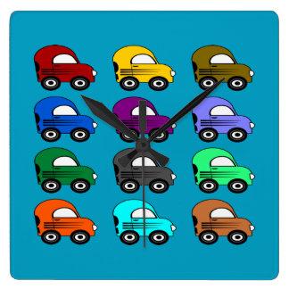Horloge Carrée 12 voitures électriques colorées dans 12 couleurs