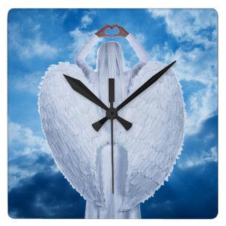 Horloge Carrée Ange dans les nuages