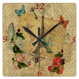 Horloge Carrée Beau Tour Eiffel vintage de collage de cartes post