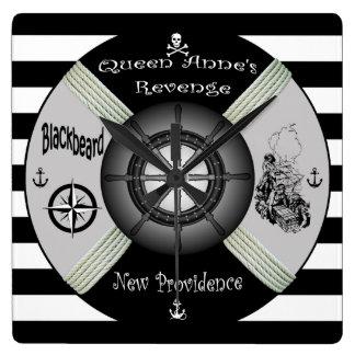 Horloge Carrée Blackbeard ~Queen le ~Pirate~Life-anneau de la