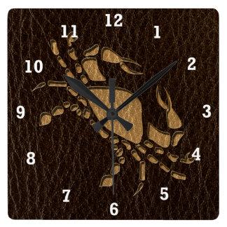 Horloge Carrée Cancer simili cuir