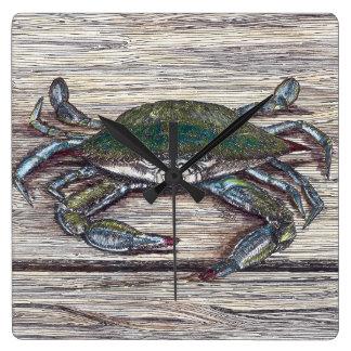 Horloge Carrée Crabe bleu sur le dock