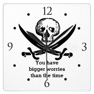Horloge Carrée Crâne de pirate vous avez de plus grandes