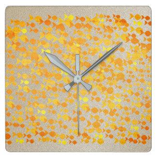 Horloge Carrée Élégant sensible de beau motif d'or de poissons