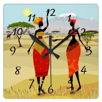 Horloge Carrée Femmes d'animation du Kenya